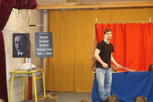 Divadélko pro školy 10