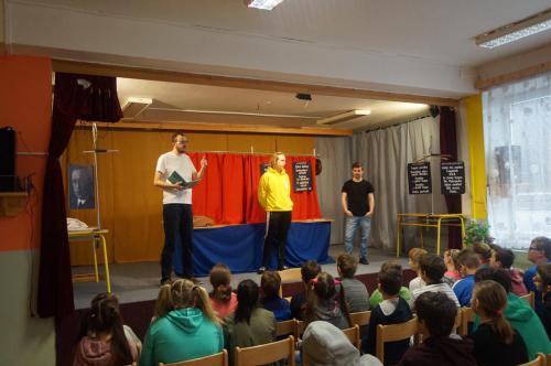 Divadélko pro školy 21