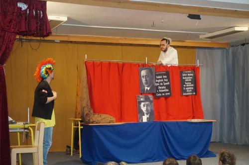 Divadélko pro školy 35