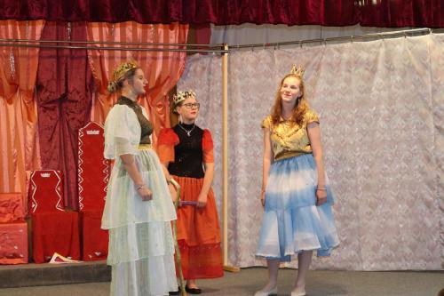 Divadlo - Dvě pohádky 051