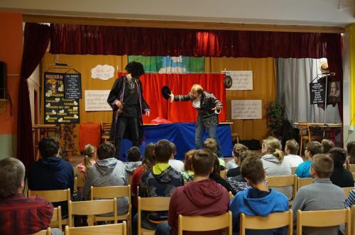 Divadélko pro školy 12