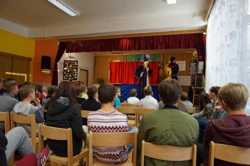 Divadélko pro školy 32